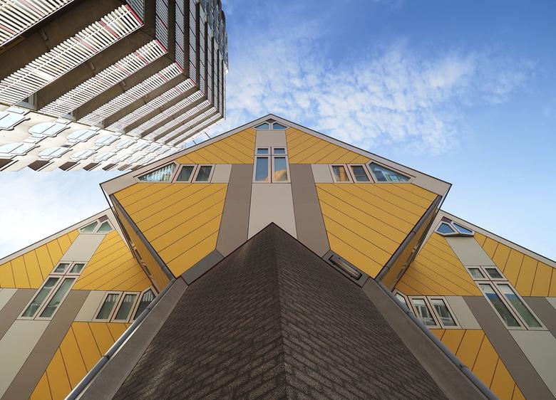 Rotterdam 4 - Zaterdag even heerlijk gestruind ,in het  Kubusdorp.