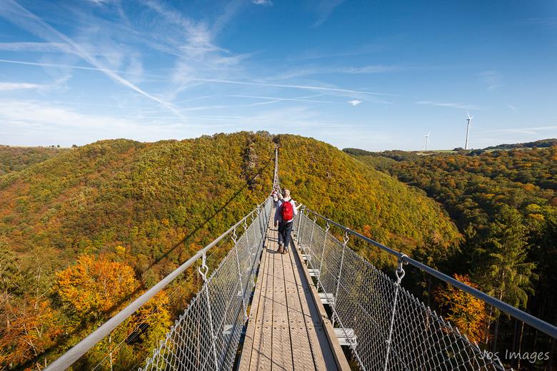 Geierlay hangbrug - En dit is wat je ziet als je over de brug loopt. Meteen ook de laatste foto uit mijn serie over de brug. Bedankt voor jullie react