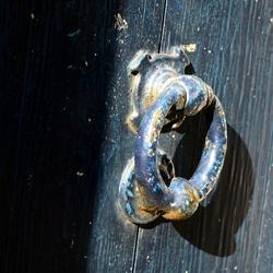 Door-Knocker
