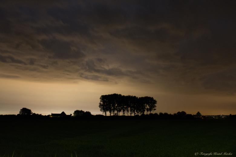 lichtwolken om middernacht -