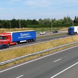 P1450984  Truckwereld  A4 bij Harnasch Polder  6juli 2017