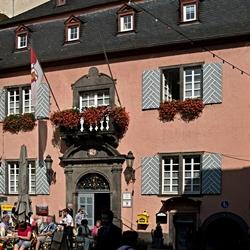 De voorkant van het stadhuis van Cochem, foto 2.