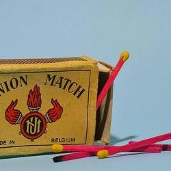 Old matchbox Union Match.