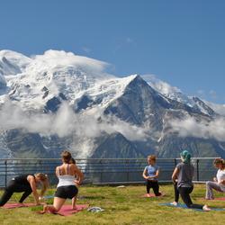 Yoga met uitzicht op de Mont Blanc France