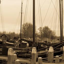 Historische haven van Woudrichem