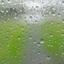 Regendruppels op de buitendeur