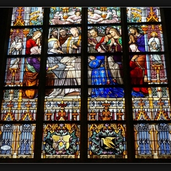 In de Sint Jans Kathedraal . .