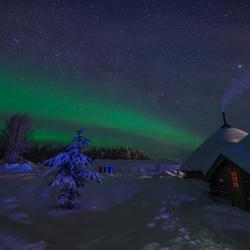 Warmte in een koude poolnacht in Lapland.