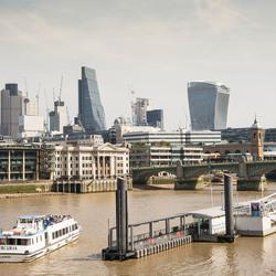 Londen - Thames met de Cheesgrate en Walkie Talkie
