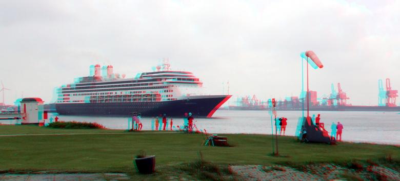Afscheid Cruise-schip ROTTERDAM in Hoek van Holland 3D  - Afscheid Cruise-schip ROTTERDAM in Hoek van Holland 3D<br /> anaglyph stereo red/cyan  27-a