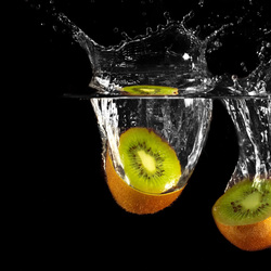 Kiwi dropped in water