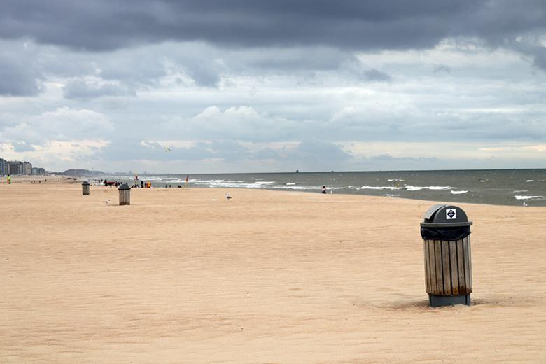 strand oostende 1 -