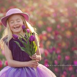 Laura in de tulpenveld