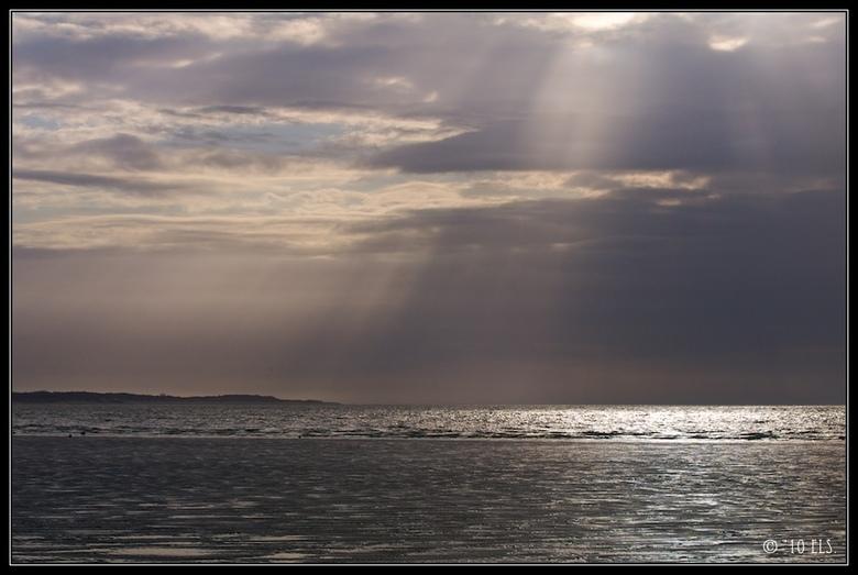 Aan de kust..  -