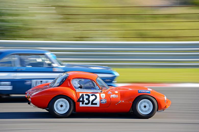 Speed & Beauty - Ik hoop dat ik de emotie van het racen kan overbrengen met deze opname, heerlijk die mooie wagens en de motorgeluiden