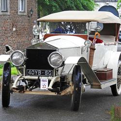 Rolls Royce  van bijna honderd jaar oud.