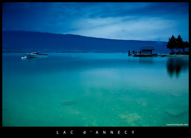 Lac d'Annecy IV - Ook deze van het meer van Annecy is afgelopen zomer gemaakt.<br /> Het meer is bij zonnig weer werkelijk ongelofelijk helder en bla