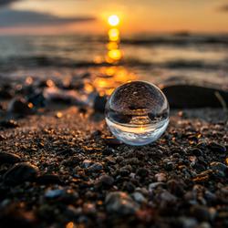 Glazen bol strand
