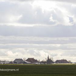 Bewolking bij dorpje Kloosterburen
