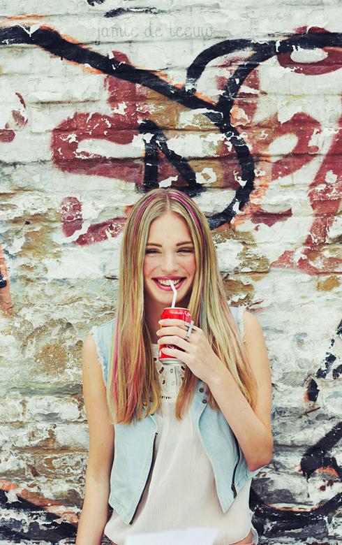 Coca cola smile - www.jamiedeleeuw.com