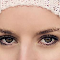 damn those colourfull eyes