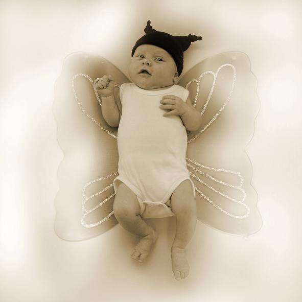 Butterfly - Hier nog een bewerkte foto van mijn zoontje. Ik ben niet van het bewerken van foto's dus ben heel benieuwd wat de mensen hiervan vind