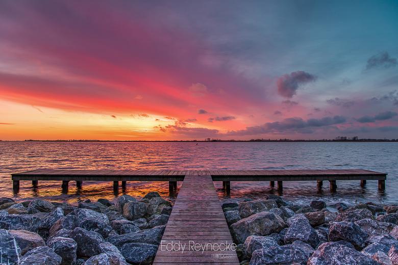 SUNSET COLORS - Prachtige kleuren tijdens de zonsondergang aan het Schildmeer bij Steendam