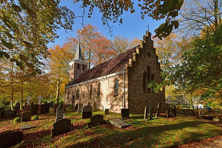 Kerkje in Olterterp. - Gebouwd omstreeks 1500.