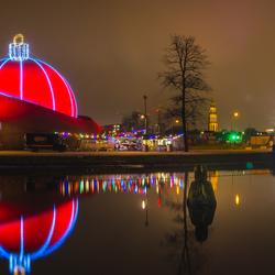 Dot Groningen - Grootste kerstbal ter wereld