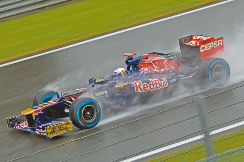 Formule 1 2012: Ricciardo - Hier nog in de Torro Rosso. Maar Daniel Ricciardo heeft promotie gemaakt naar het serieuze Red Bull Racing. Hij mag er tea