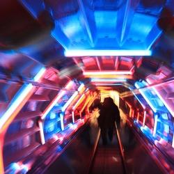roltrap in buis  van Atomium Brussel