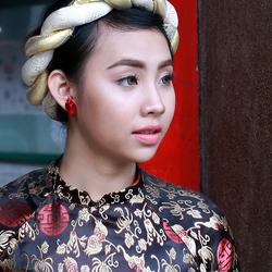 Beauty shoot in temple Ho Chi Minh