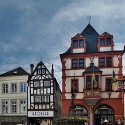 Het historische marktplein van BernKastel, foto 1.