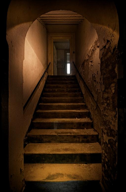 No Escape... - Verlaten klooster ergens in Nederland...