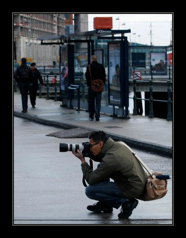 Bewerking: Simon in aktie - Simon in aktie!!!<br /> <br /> Een andere uitsnede, geeft een ander perspectief.<br />