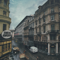 The city awakens