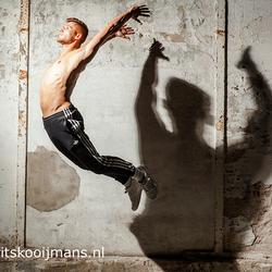 Model maakt sprong