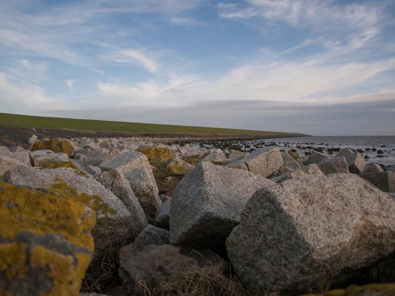Stenen bij Waddendijk, Terschelling - Stenen onderaan de Waddendijk, Terschelling