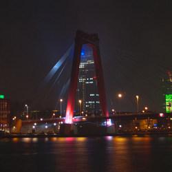 Willemsbrug bij nacht HDR
