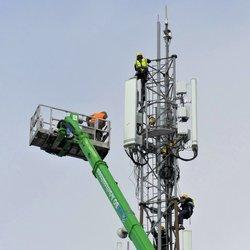 P1090598 GSM Mast Werken op grote hoogte nr2  5 nov 2019