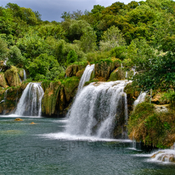 Prachtige watervalpartij Plitice Jezera Kroatie