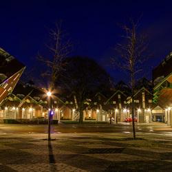 Helmond - Speelhuisplein - Kubus woningen