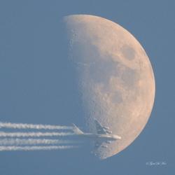 Maan / Amerikaans vrachtvliegtuig C17 Globemaster