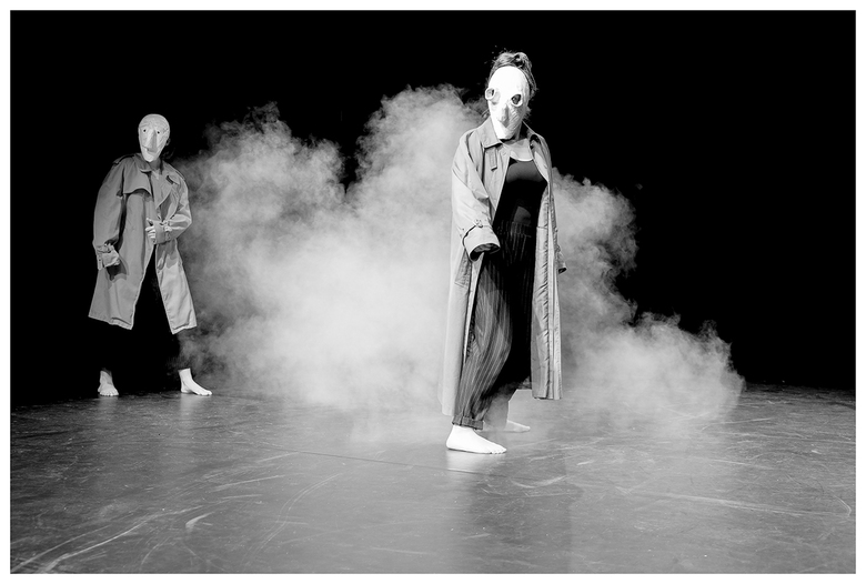 Ze komen - Van een voorstelling van derdejaars Dramastudenten aan de HKU.