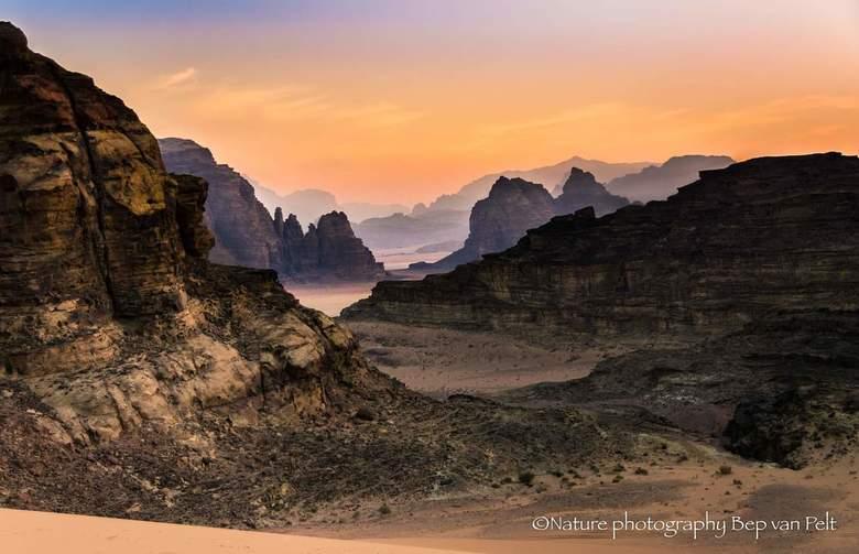 Wadi Rum - Ik kwam deze foto van enkele jaren terug tegen. Ik had toen nog niet zoveel ervaring met nabewerken als nu en de mogelijkheden van Light Ro