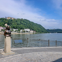 Emerenz Meier statue.