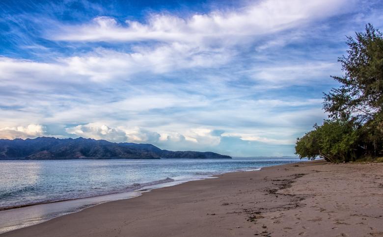 Waking up @ Gili Meno (Indonesia) - Deze foto heb ik een tijdje na zonsopkomst gemaakt op Gili Meno, Indonesië. Nadat ik de zonsopkomst vanuit een and