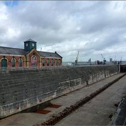 Titanic docks