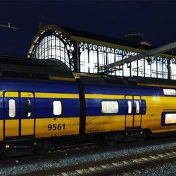 Train op het station
