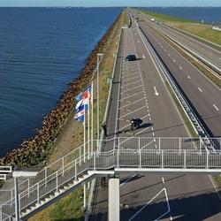 Uitkijktoren Afsluitdijk . .